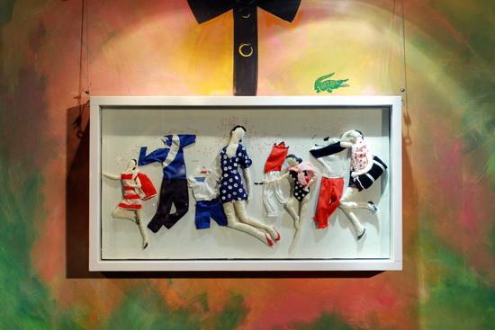Tác phẩm hội hoạ pha trộn giữa sơn dầu với ráp vải của Phan Vũ Linh.